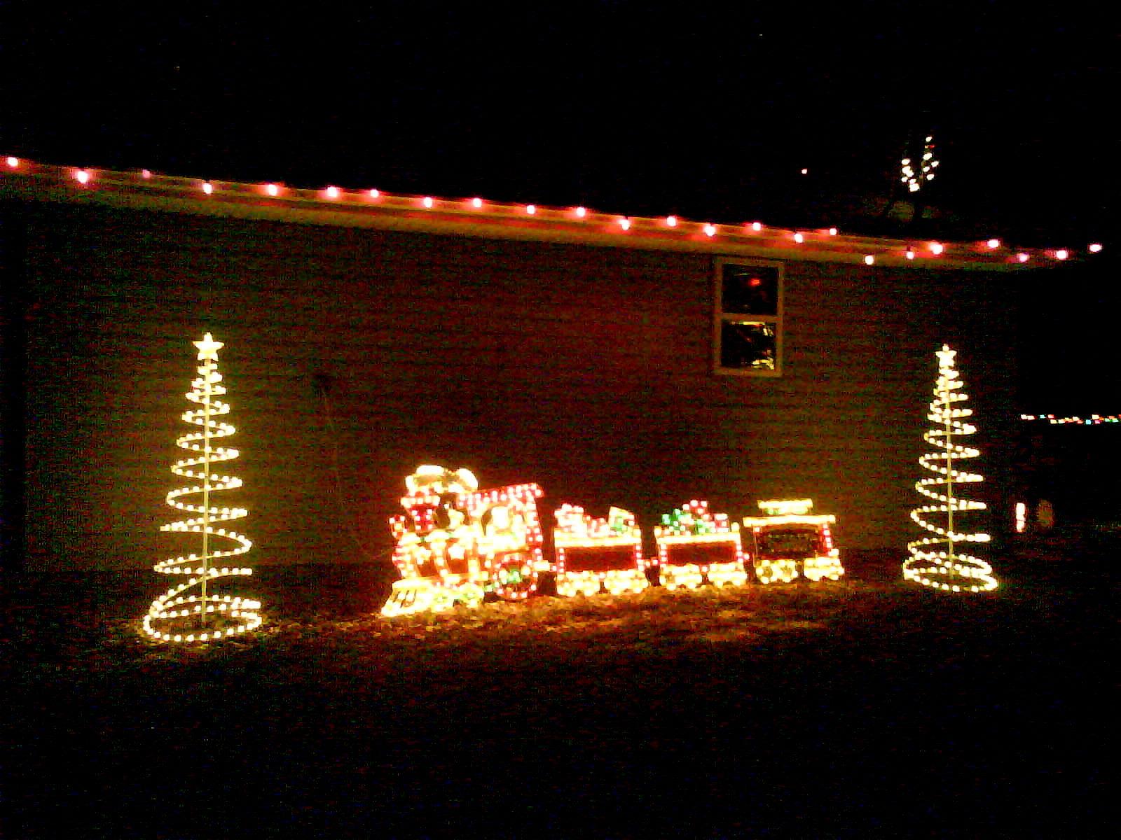 aun con la tripa bien llena de relleno y salsa de arndonos ya se han lanzado a decorar sus casas con los adornos navideos y madre ma como se pasan