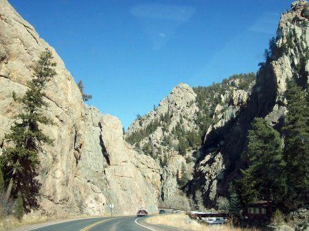 Carretera de acceso a Estes Park