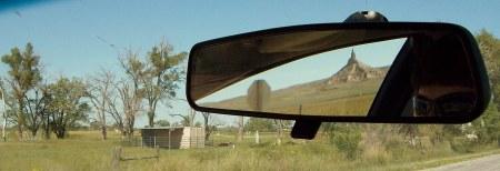 Chimney Rock en el espejo