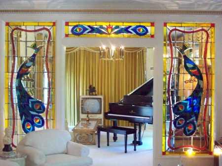 Salón de los Pavos reales, Graceland