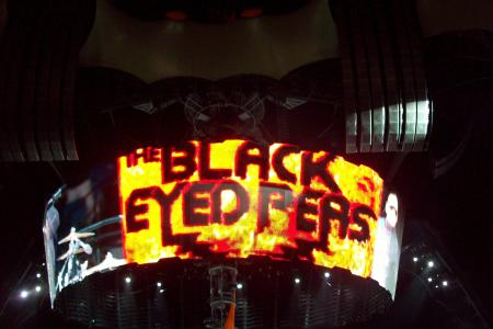 Black Eyed Peas en la pantalla