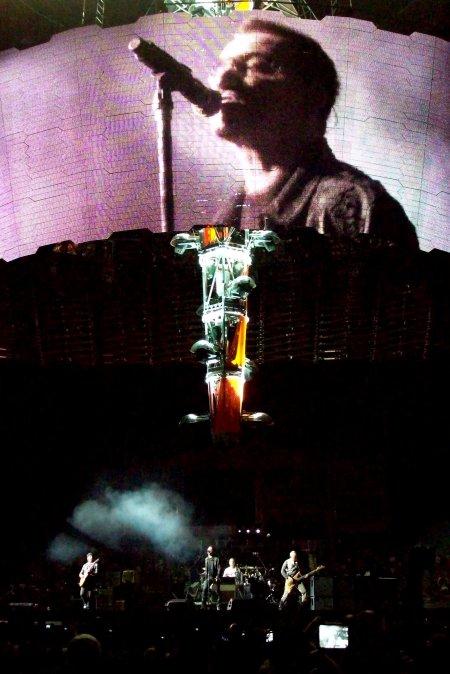 Bono en la pantalla, Las Vegas.