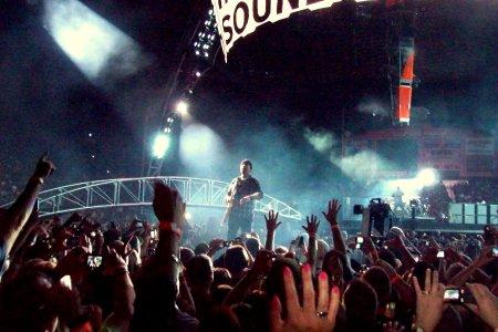 The Edge haciendo coros, Las Vegas.