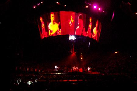 U2 desde la grada, Moment of Surrender, Las Vegas 09.